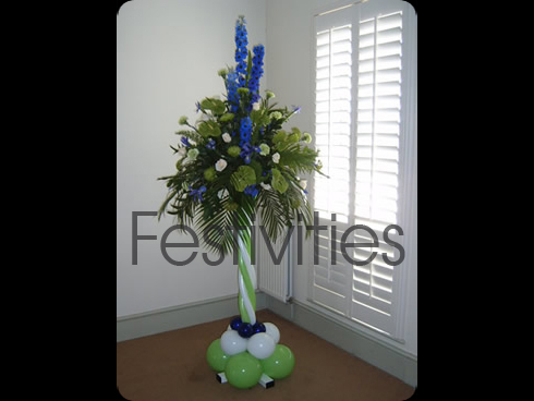balloon and flower pedestal arrangement